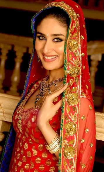 kareena-kapoor-wedding--bridal-lehenga-2012