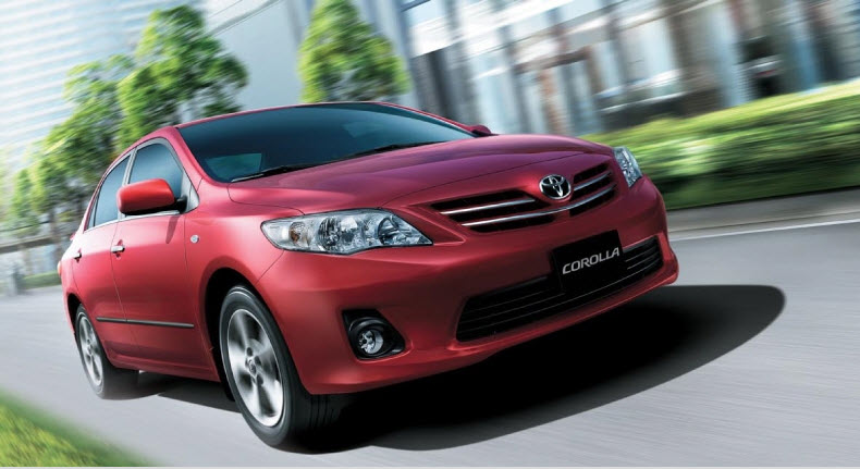 Toyota-Corolla-2013-RED color picture