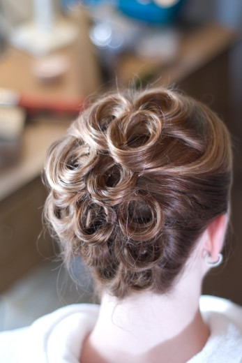 beautiful-easy-hairstyle-for-working-women-and-girls-2013-2014