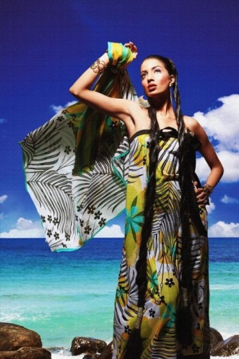 beautiful-maria-b-lawn-print-designs-2013-2014