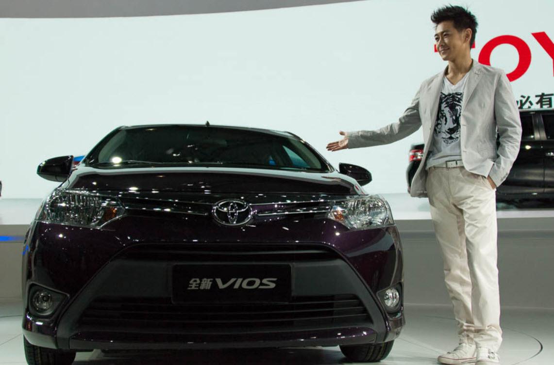 Latest-VIOS-Yaris-Car-Model Picture 2013 2014