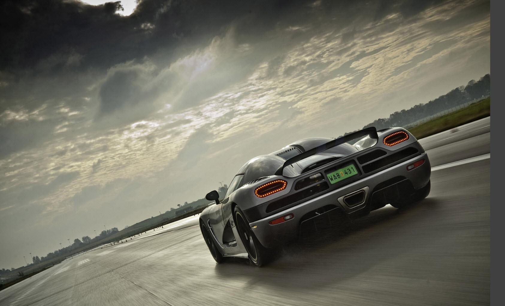 World Best New Sports Car At Maximum Speed  HD Widescreen Wallpaper 2013  2014 | ItsMyideas : Great Minds Discuss Ideas