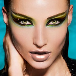 stylish-cat-eye-makeup-2013-2014